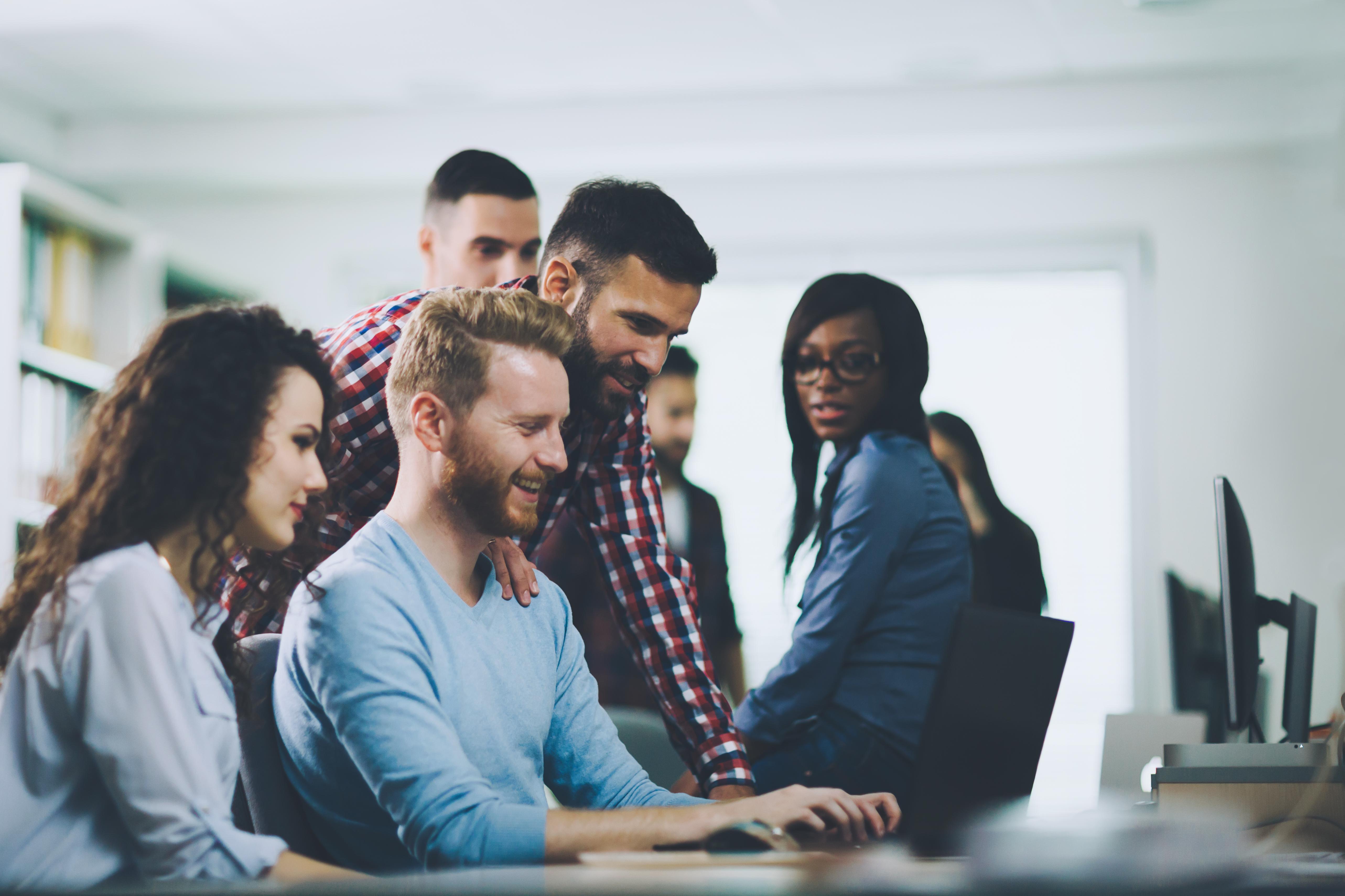 96% dos profissionais de marketing no Brasil acreditam que a tecnologia é essencial para conquistar consumidores